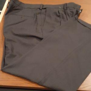 NWOT HAGGAR PREMIUM DRESS PANTS. 38X29 NWOT